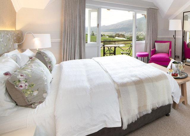 Bedroom property pillow bed sheet Suite cottage duvet cover bed frame textile