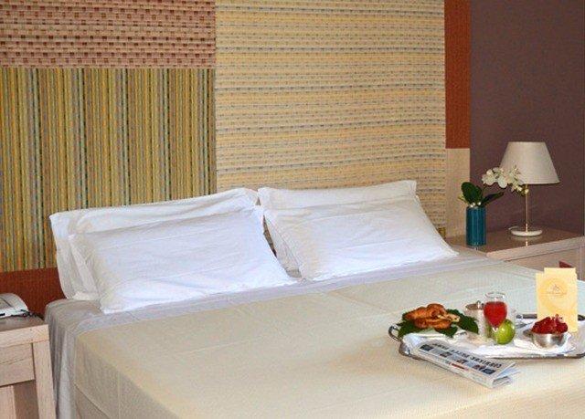 property curtain Suite bed sheet Bedroom cottage bed frame