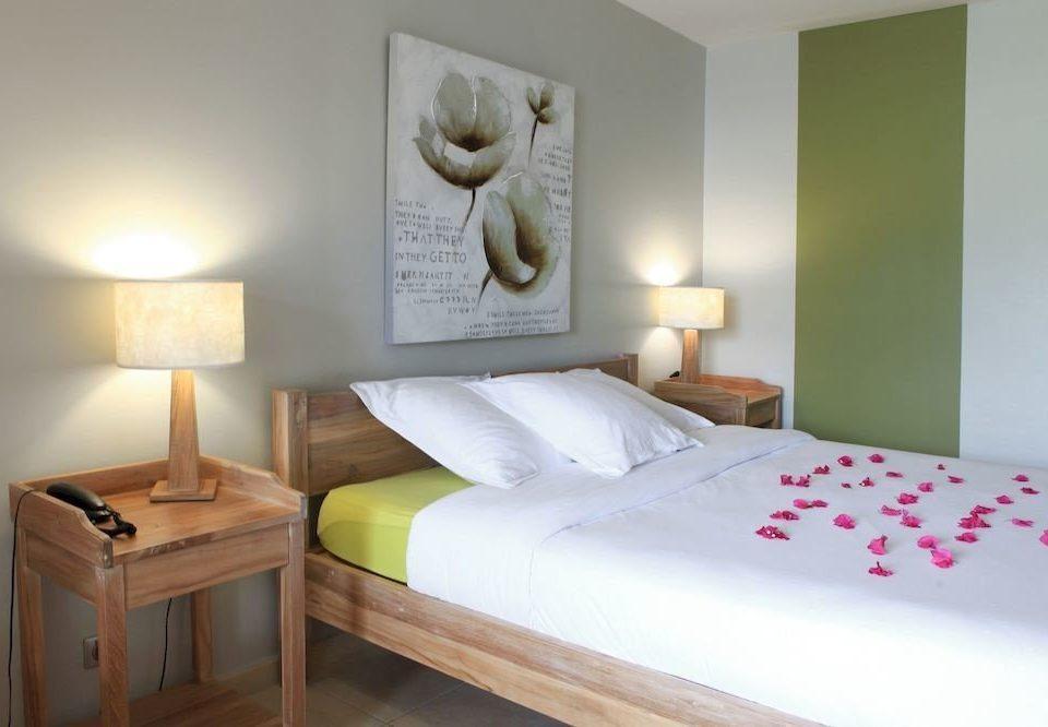 Bedroom bed frame bed sheet Suite lamp