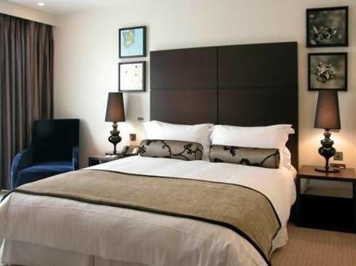 sofa Bedroom property cottage Suite bed frame bed sheet