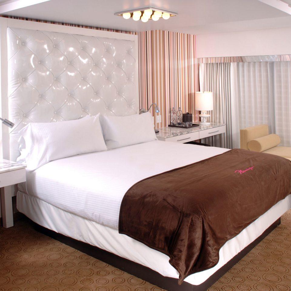 Bedroom curtain property desk Suite bed sheet cottage bed frame night