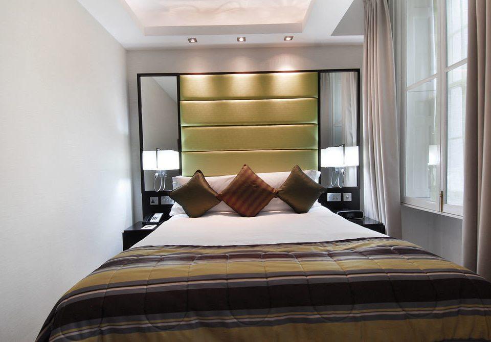 Bedroom property Suite bed sheet bed frame cottage