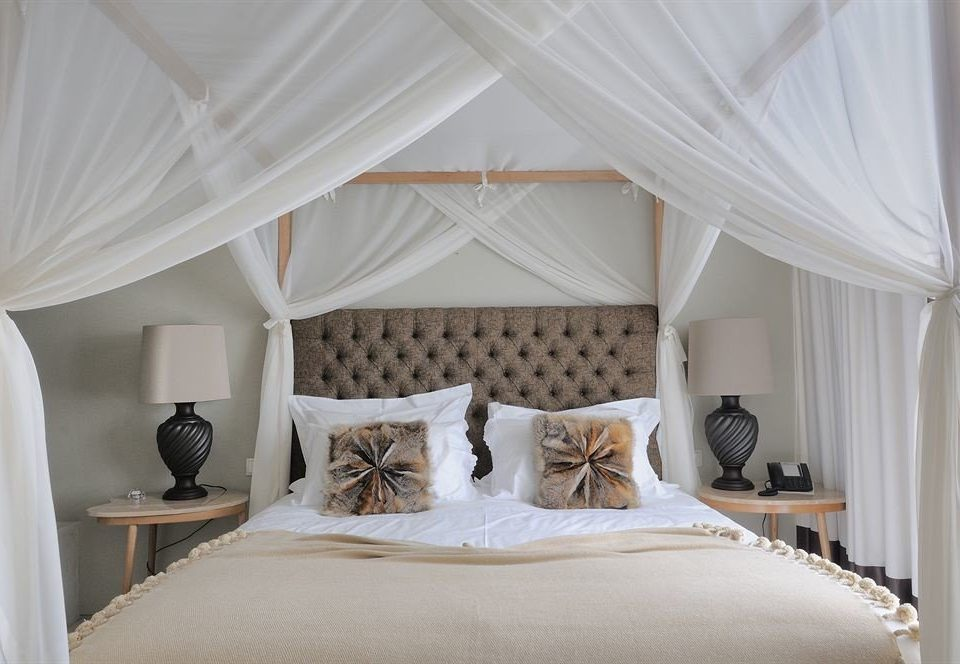 curtain Bedroom property mosquito net white four poster pillow Suite bed sheet textile cottage bed frame