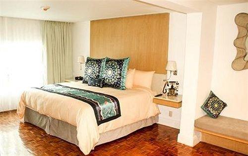 property Bedroom Suite cottage hardwood bed frame living room bed sheet