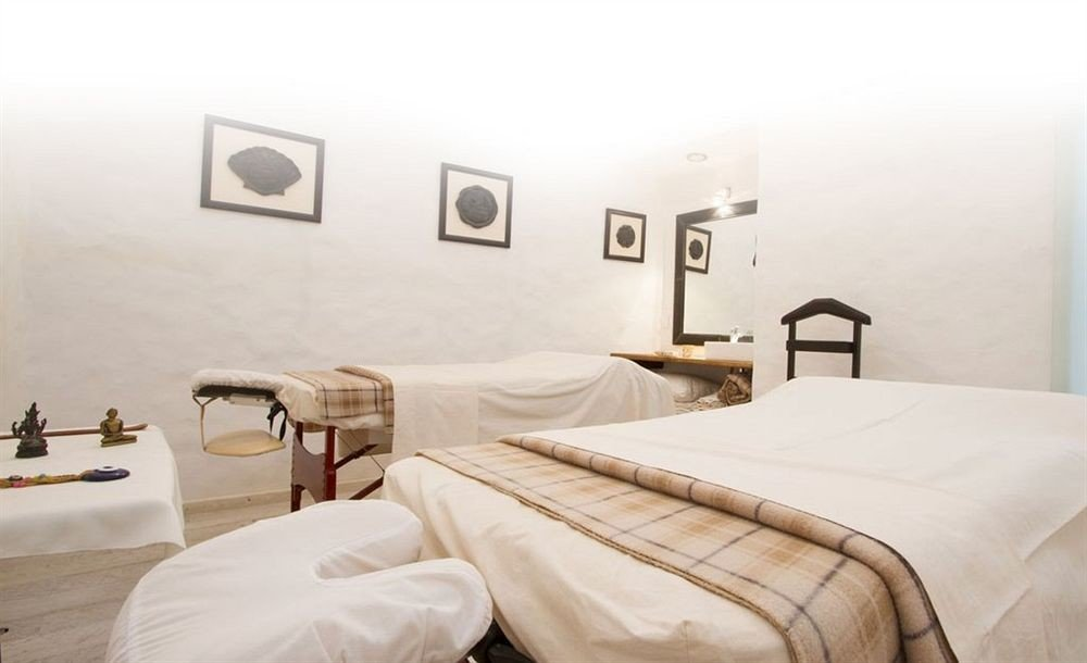 Bedroom property scene pillow bed frame bed sheet cottage Suite night