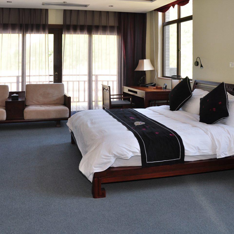 Bedroom property Suite home cottage living room bed sheet bed frame