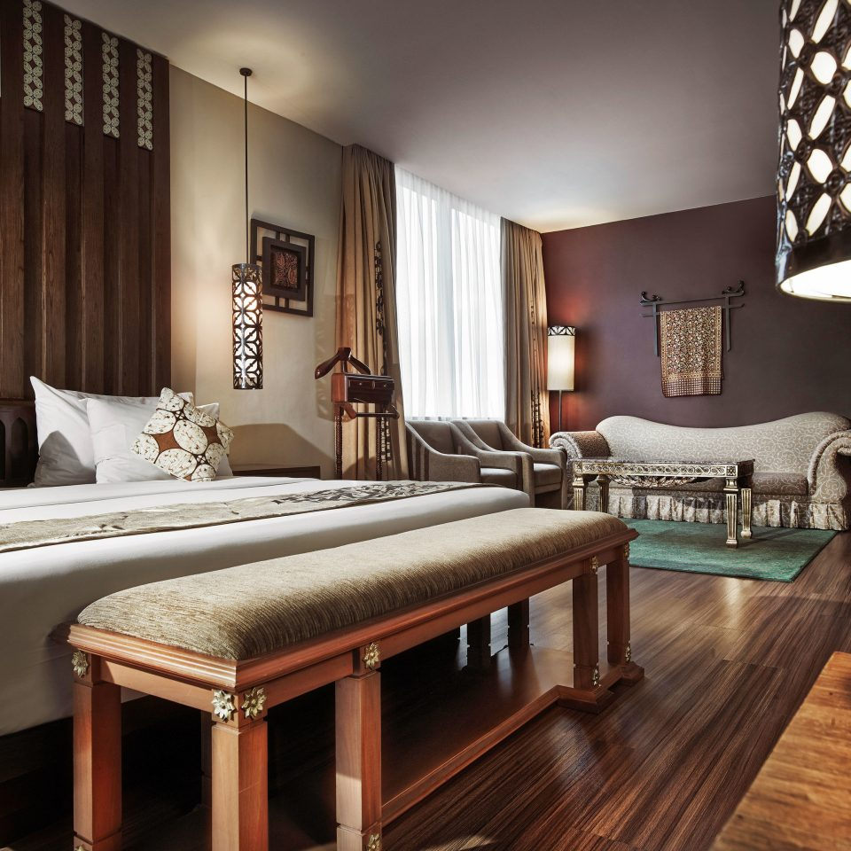 property Bedroom hardwood Suite living room home bed sheet bed frame wood flooring