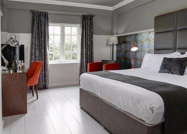property Bedroom Suite cottage bed frame living room bed sheet