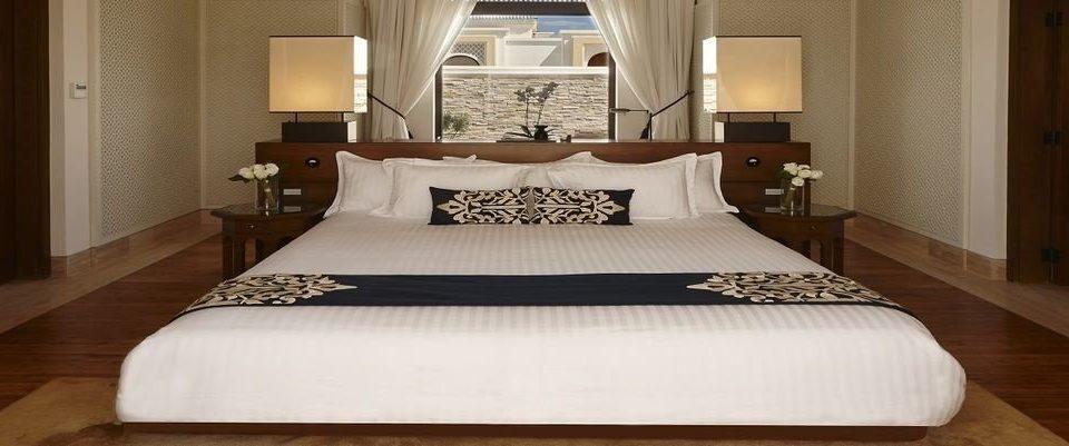 Bedroom property pillow Suite cottage bed sheet bed frame