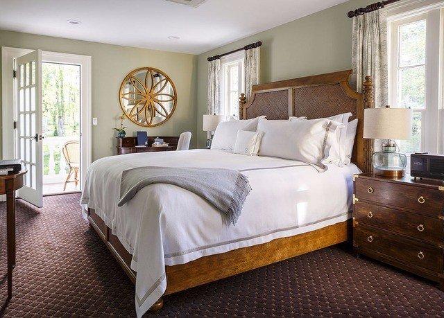 Bedroom property hardwood home bed sheet bed frame cottage Suite living room