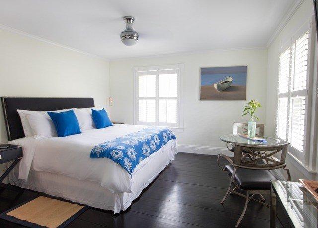 Bedroom property living room cottage home Suite bed sheet bed frame