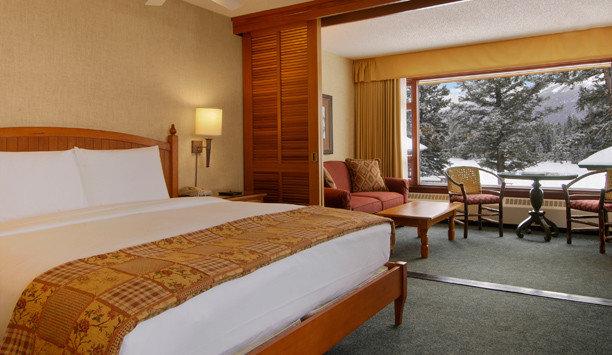 Suite Bedroom bed frame boarding house