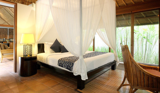 Bedroom Suite bed frame curtain window treatment boutique hotel four poster