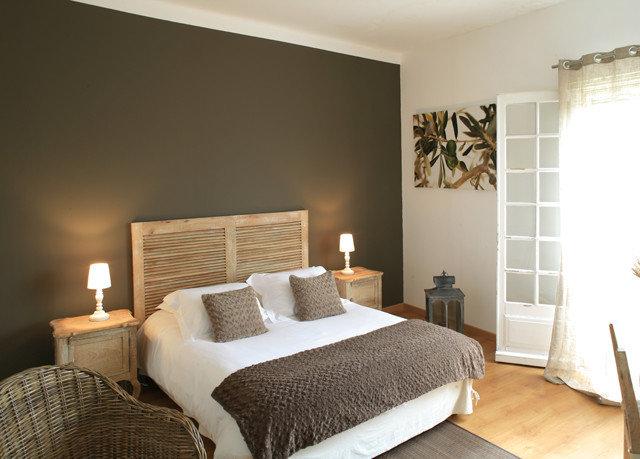 Bedroom property Suite living room cottage bed frame
