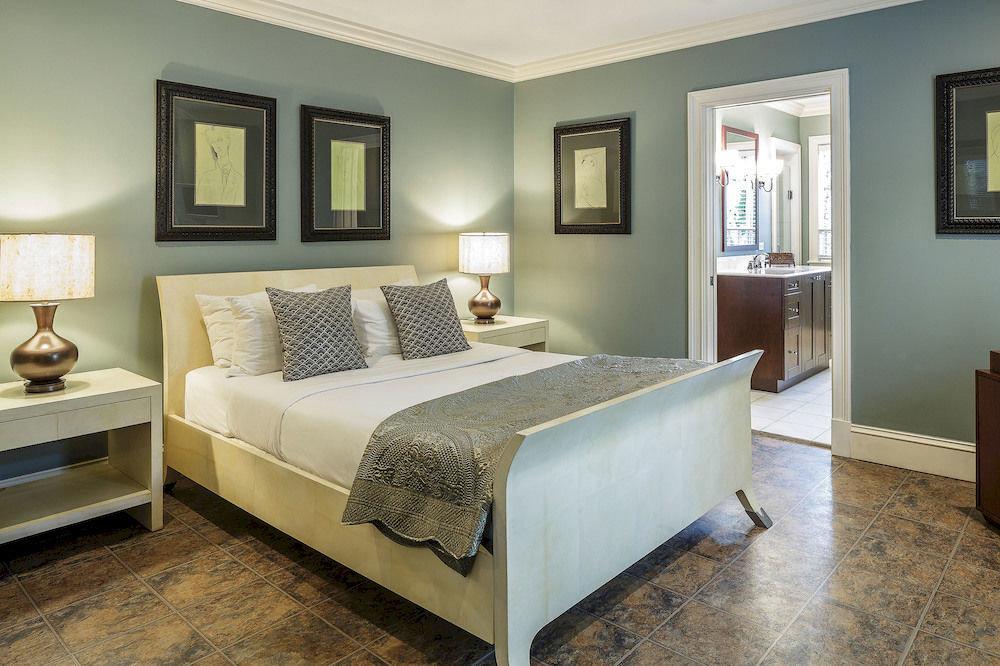 sofa Bedroom property home living room hardwood Suite cottage bed frame flat tan