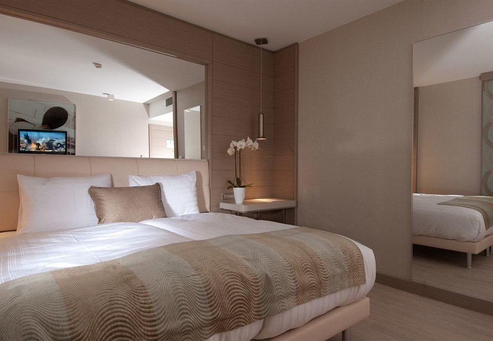 sofa Bedroom property Suite cottage bed frame