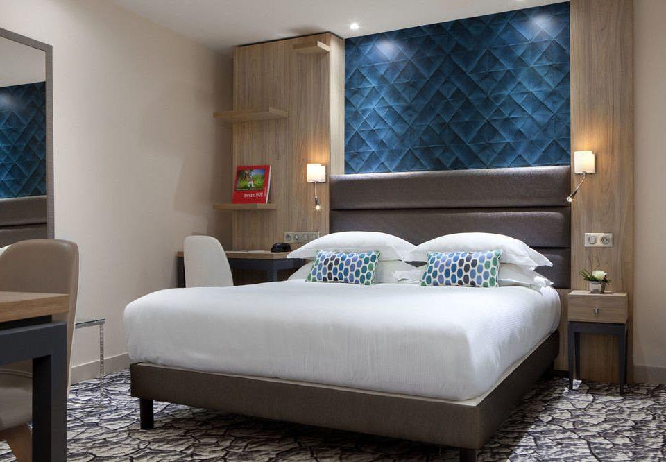 property Bedroom living room Suite home bed frame cottage