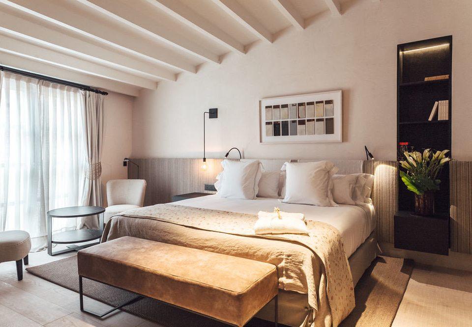 property Bedroom living room Suite hardwood home cottage bed frame