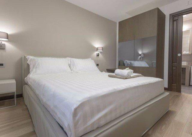Bedroom property Suite bed frame cottage
