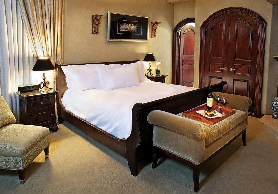 property Suite Bedroom cottage hardwood home living room bed frame