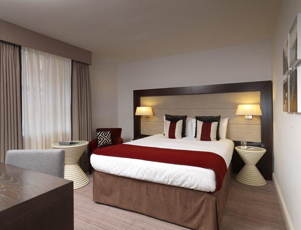 Bedroom property Suite cottage bed frame