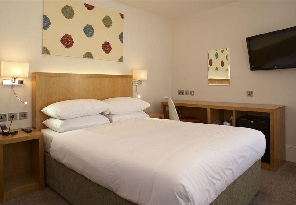 Bedroom property scene cottage Suite bed frame