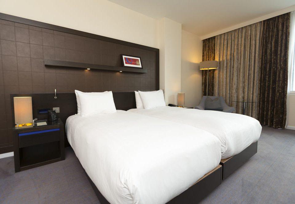 sofa Bedroom property Suite cottage bed frame night