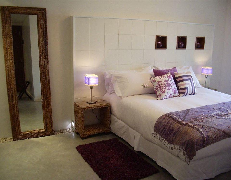 sofa Bedroom property cottage home bed frame Suite