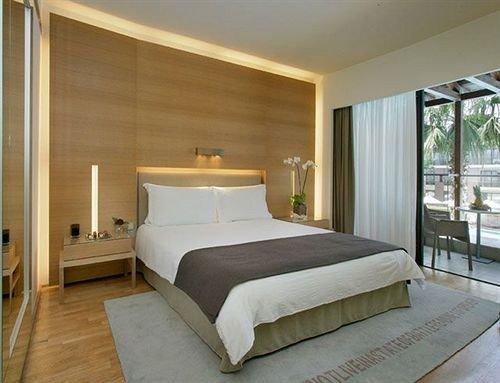 Bedroom property Suite bed frame