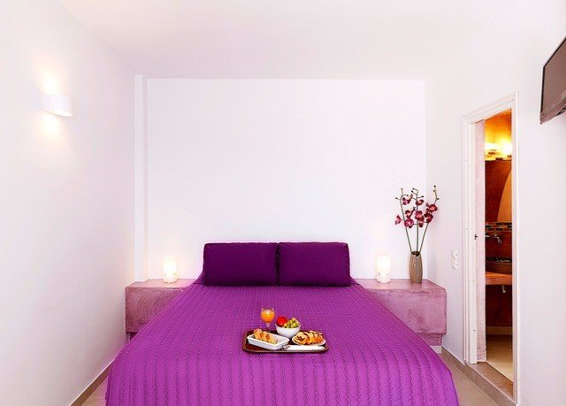 property pink red Bedroom Suite purple cottage bed sheet bright colored