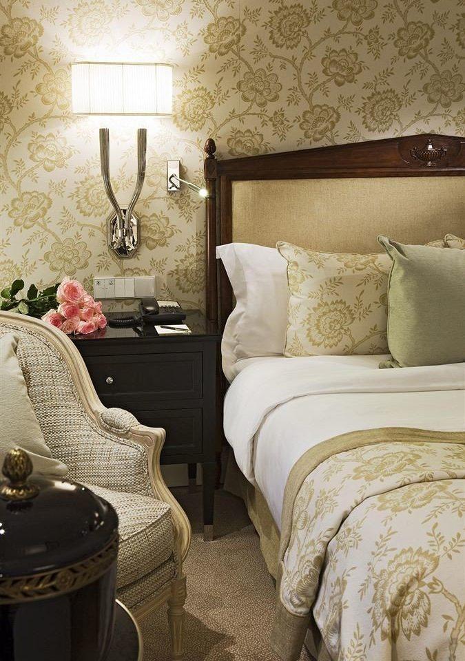sofa living room Bedroom hardwood flooring pillow bed sheet Suite textile duvet cover colored tan