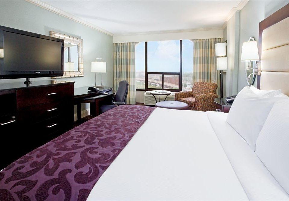 Bedroom sofa property Suite bed sheet condominium flat