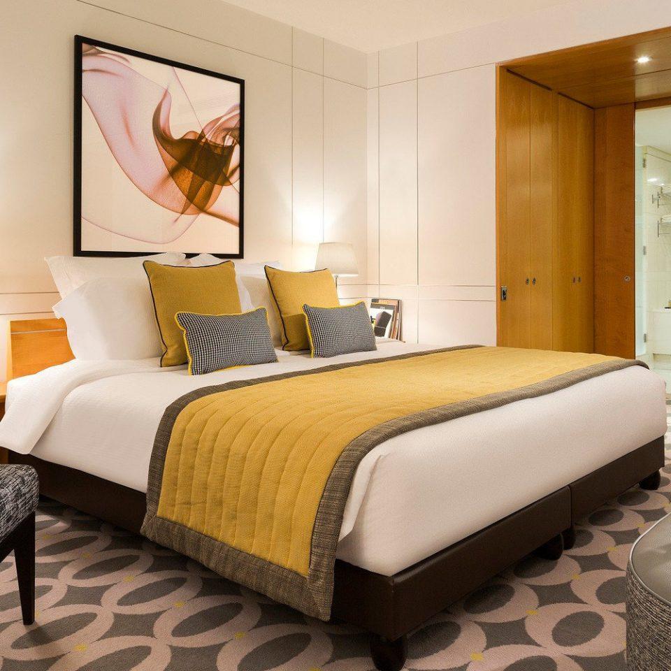 property Suite Bedroom condominium living room bed sheet