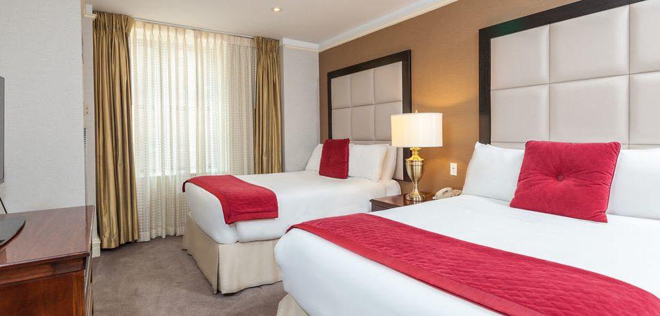 property Suite Bedroom red cottage nice bed sheet