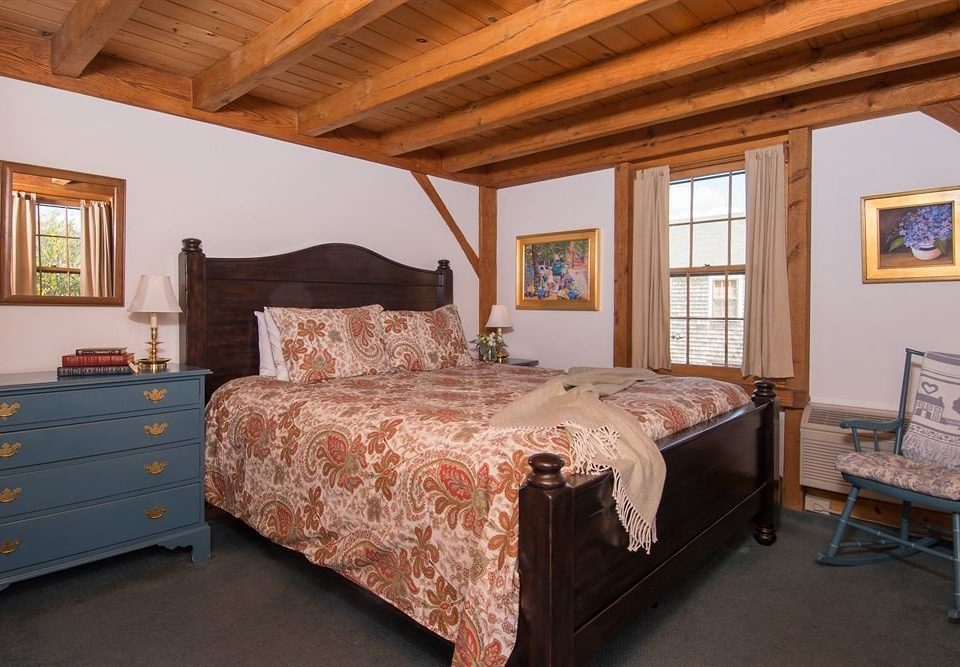 Bedroom property cottage hardwood home Suite bed sheet farmhouse
