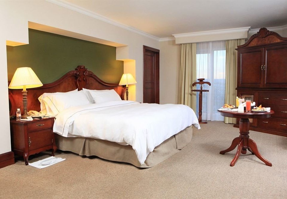 Bedroom property Suite cottage hardwood home bed sheet