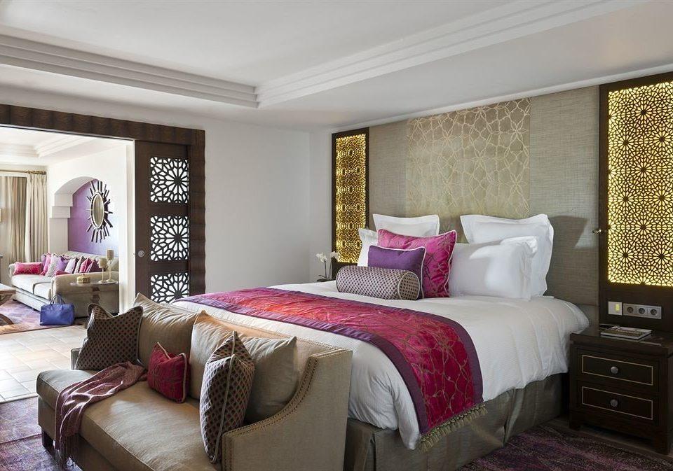 sofa Bedroom property Suite living room home cottage bed sheet flat