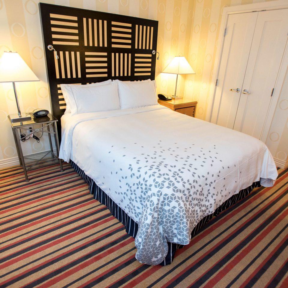 Bedroom property Suite cottage bed sheet