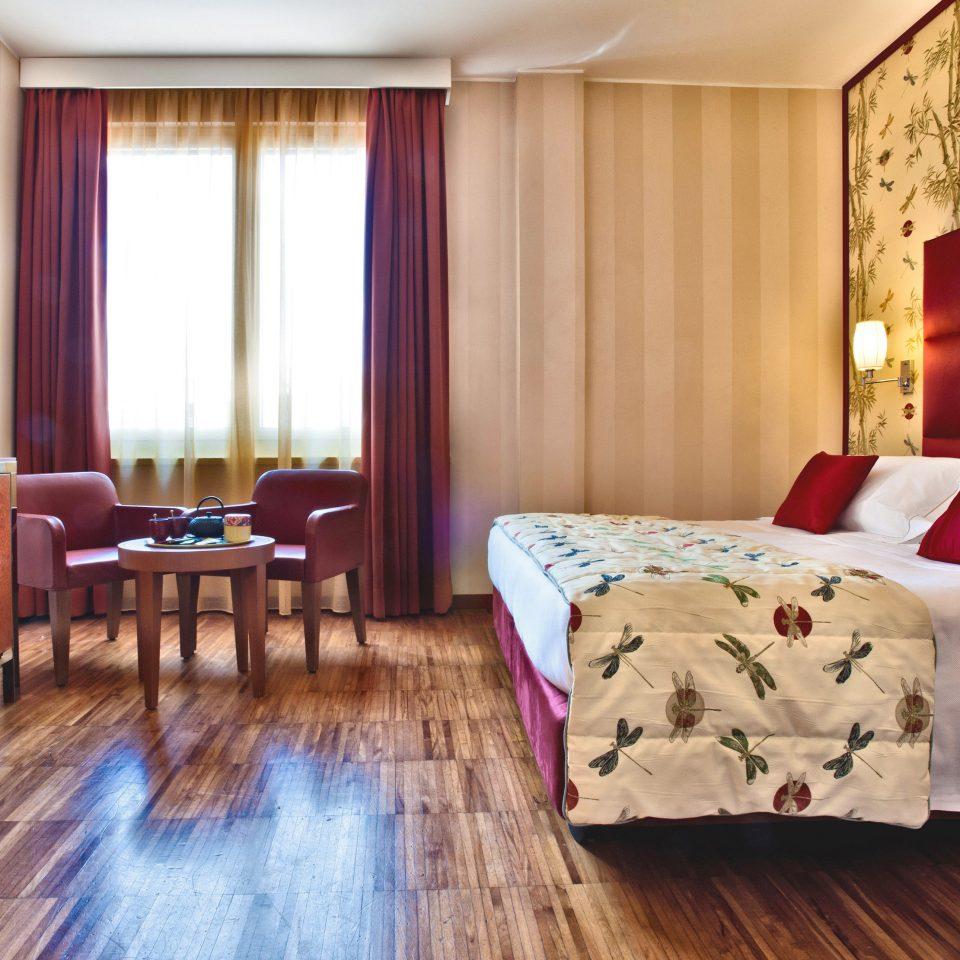 Bedroom property Suite wooden hardwood cottage bed sheet living room