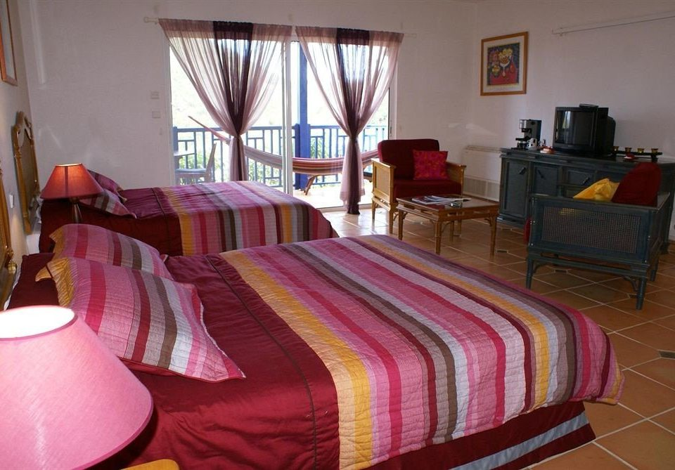 property Bedroom red cottage bed sheet Suite