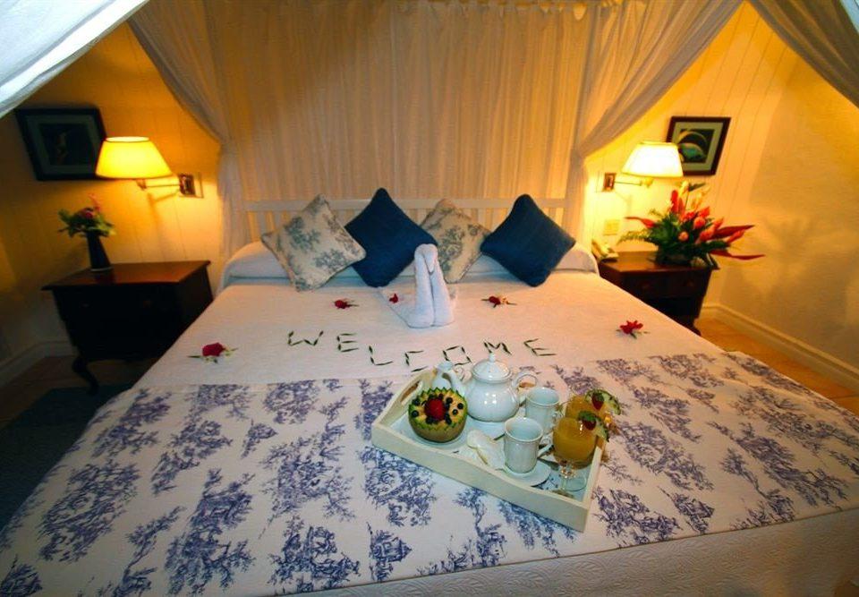 Bedroom pillow bed sheet cottage Suite