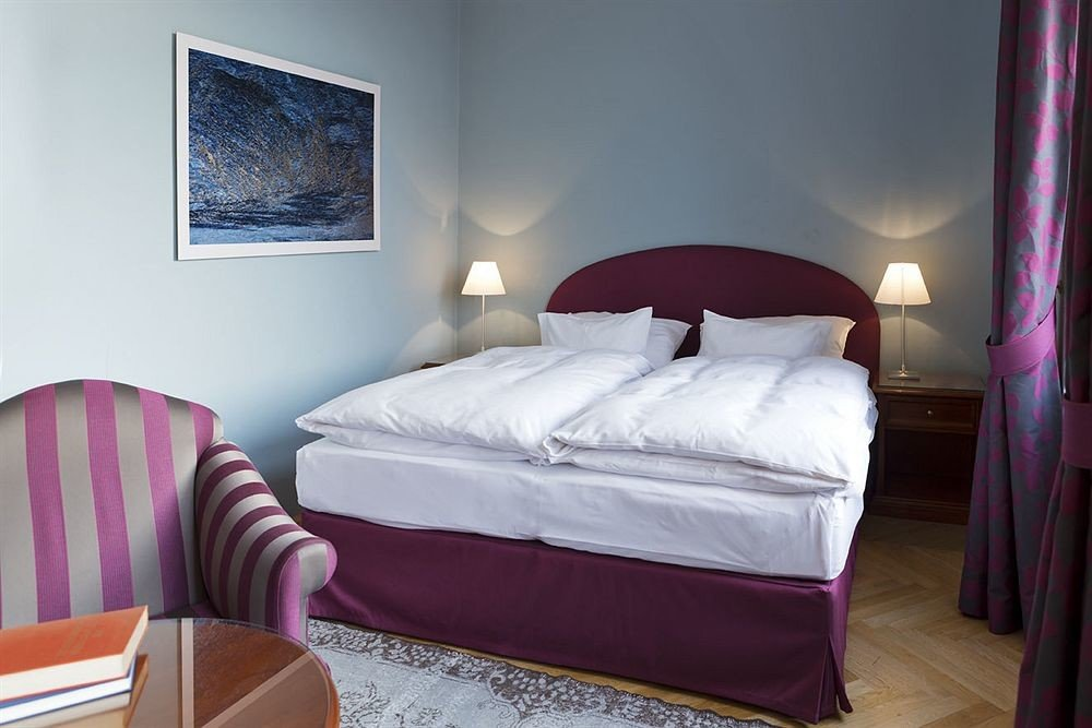 property Bedroom Suite red cottage bed sheet