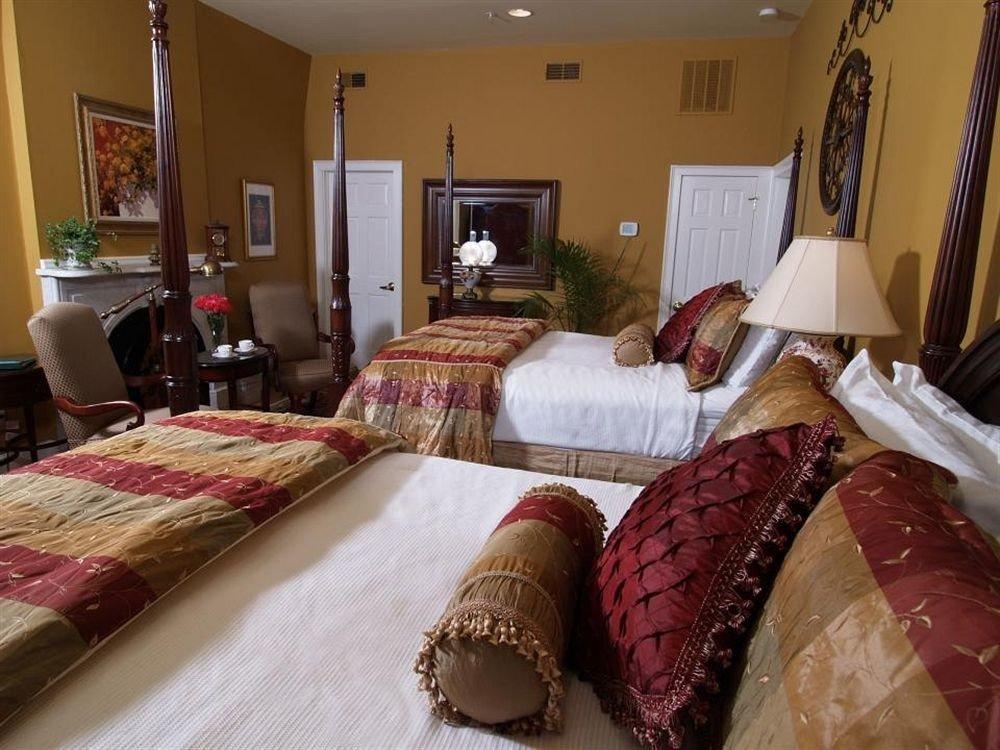 property home Bedroom living room bed sheet Suite cottage