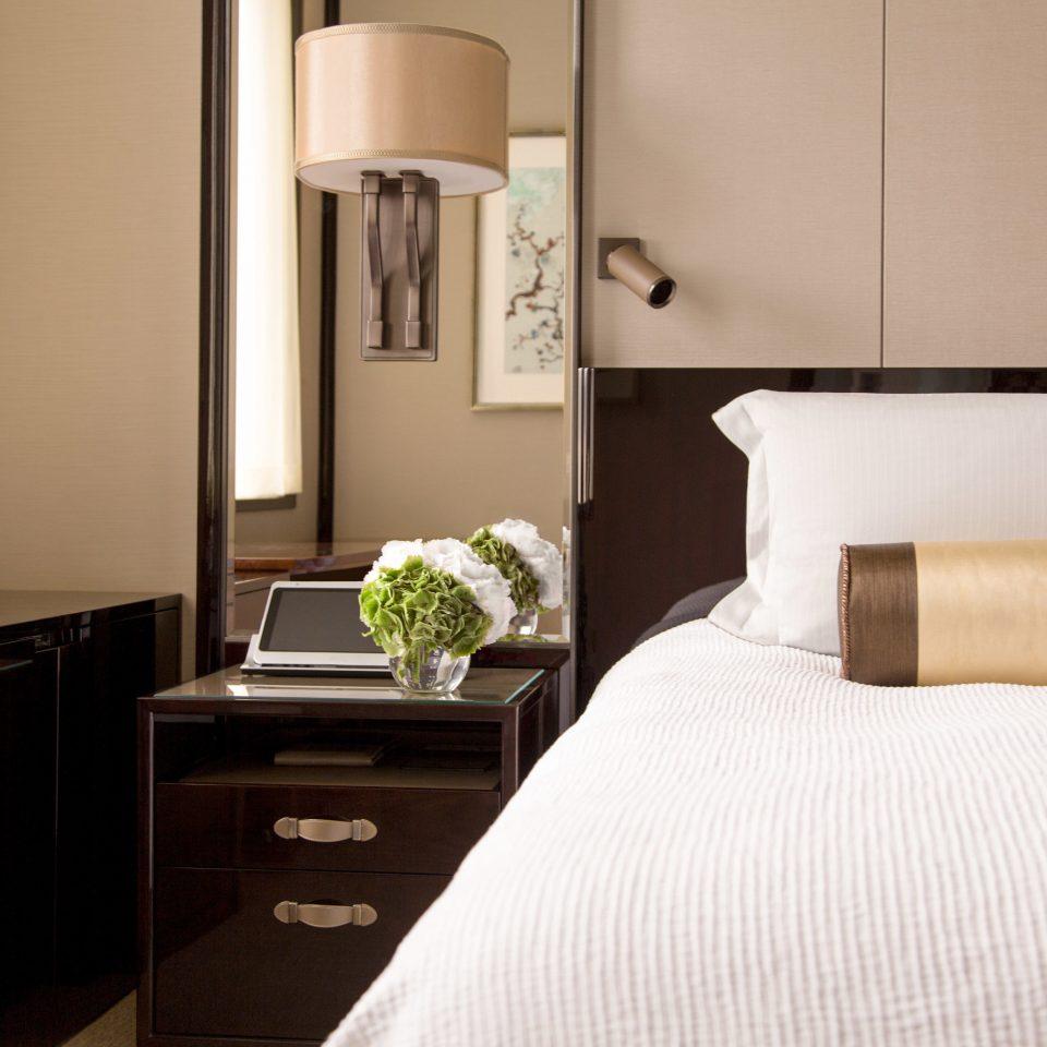 property Bedroom Suite home cottage bed sheet