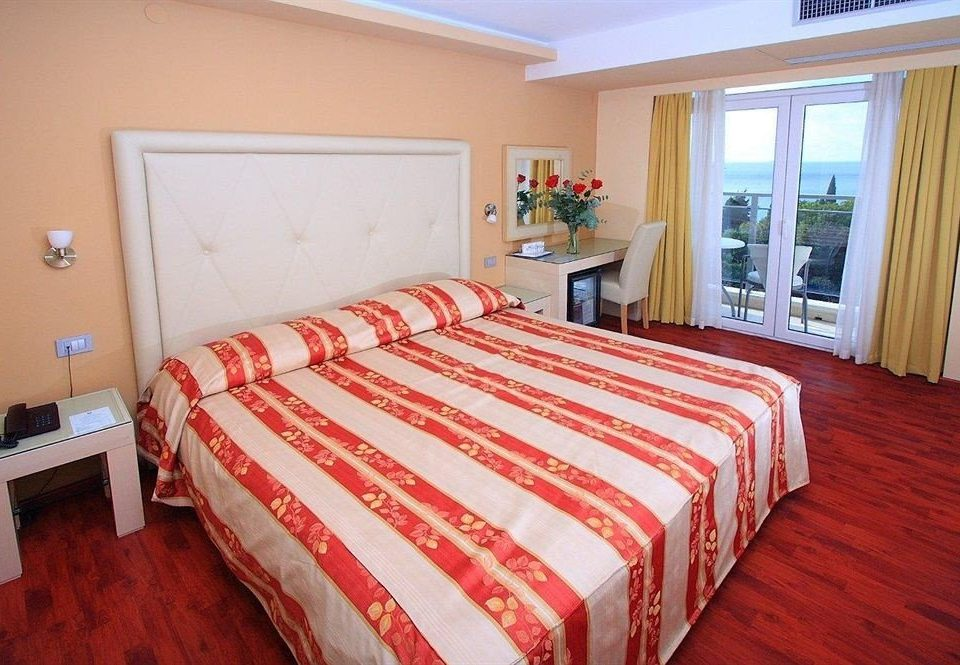 Bedroom red property cottage Suite bed sheet