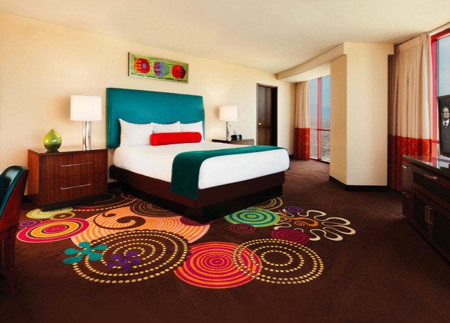 property Bedroom Suite living room bed sheet cottage rug
