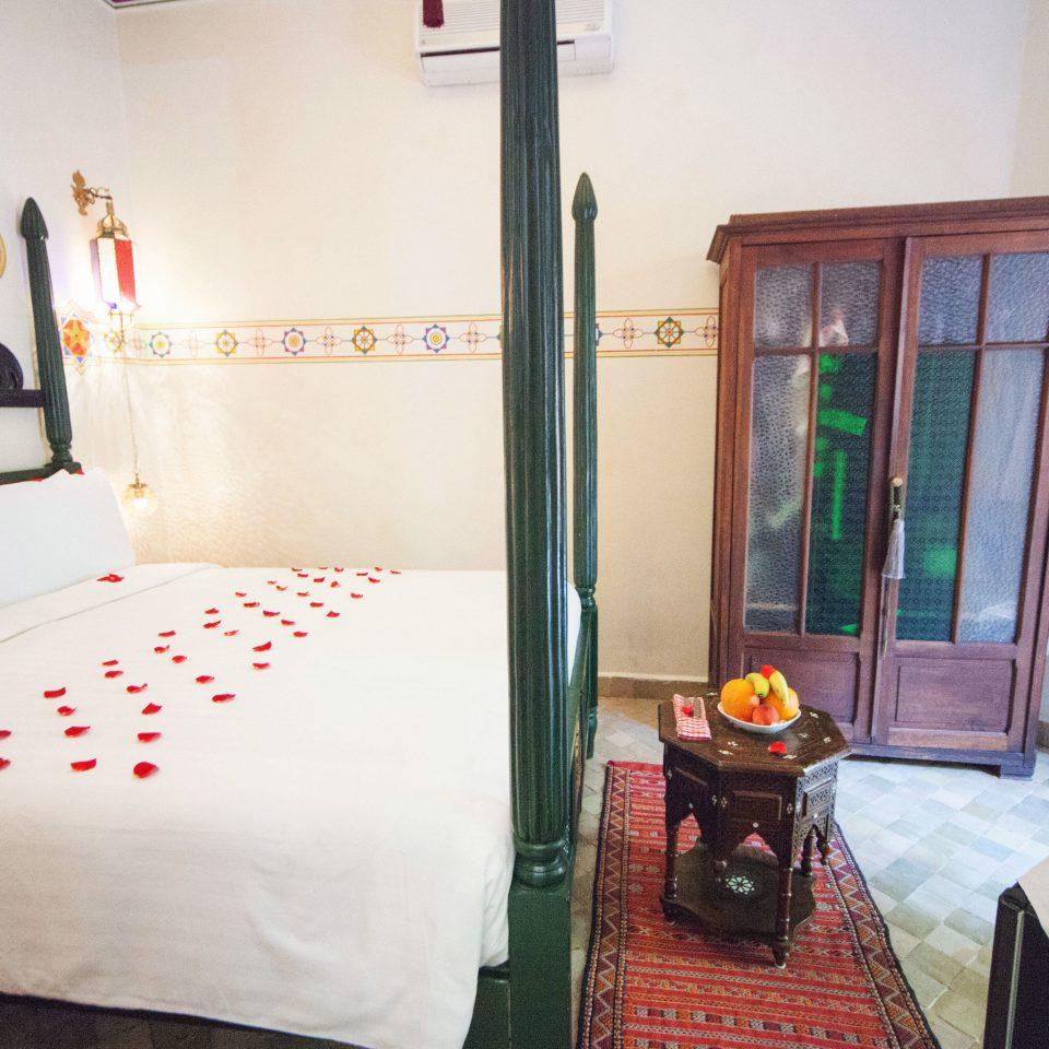 property Bedroom bed sheet cottage Suite