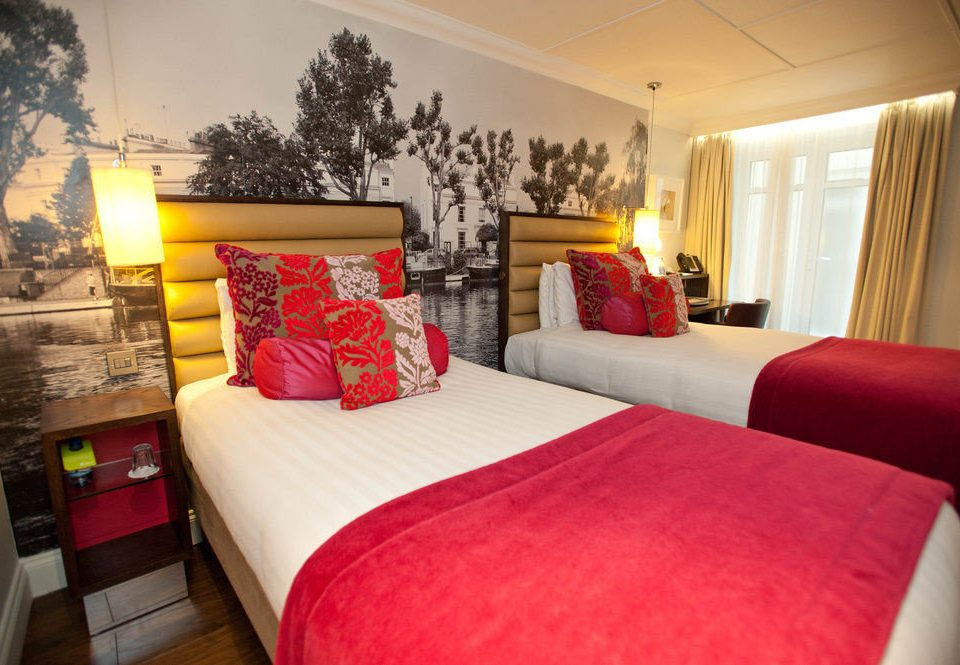sofa red property Bedroom Suite cottage bed sheet living room