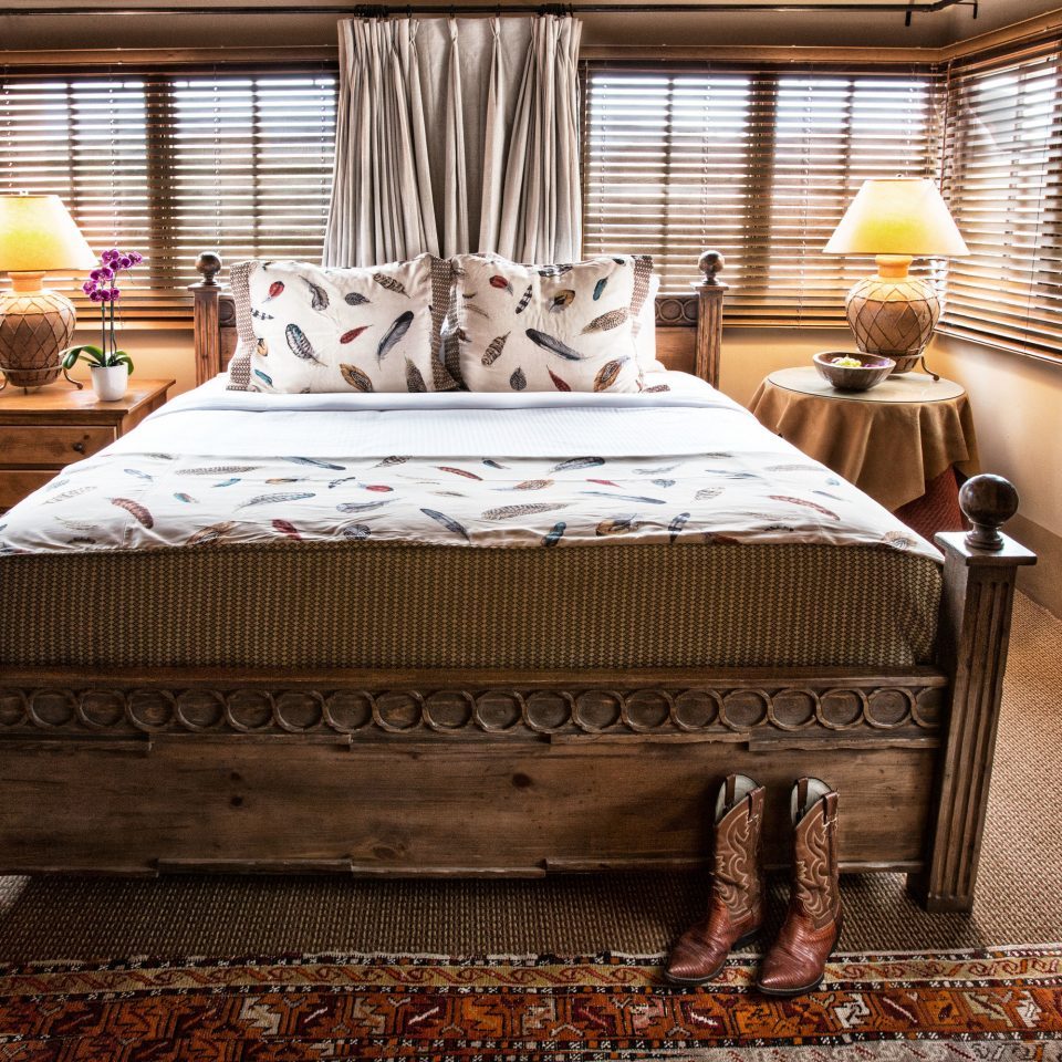 Bedroom bed sheet cottage home Suite