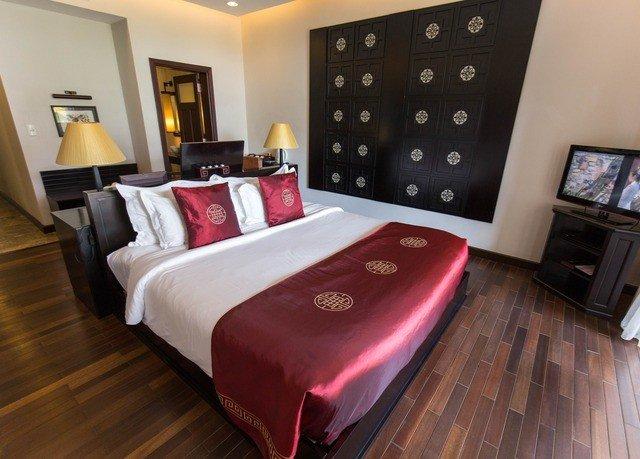 property Bedroom Suite bed sheet cottage